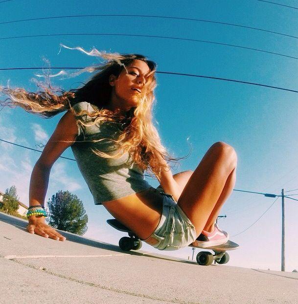 c81efce597c327e272940a3b446dcd8d--skate-longboard-longboard-girls